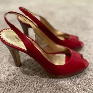 Jessica Simpson stacked red heels